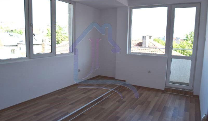 Топ център, 3-стаен апартамент за продажба
