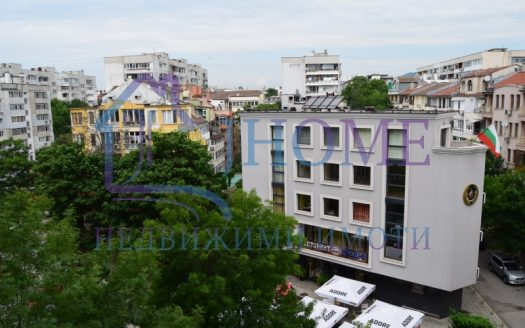 Тристаен апартамент, ИУ - Варна