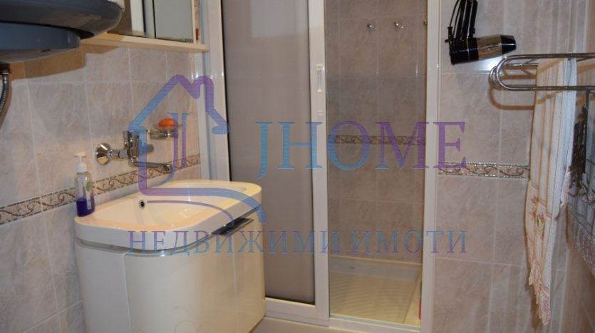 3 bedrooms apartment for rent, perfect   center