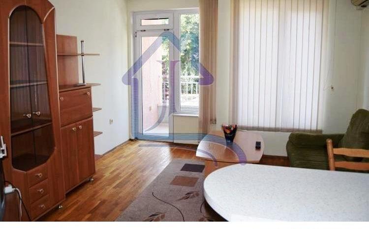 One bedroom apartment, Generals area, next MU