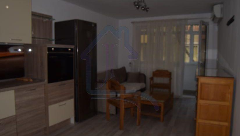 ДВУСТАЕН обзаведен апартамент ПОД НАЕМ в район ВИНС