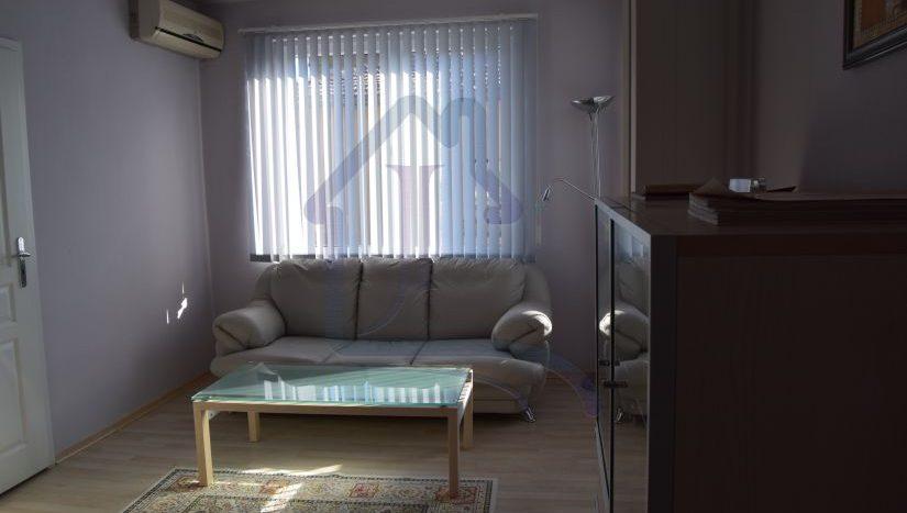 Three bedrooms apartment for sale VINS region