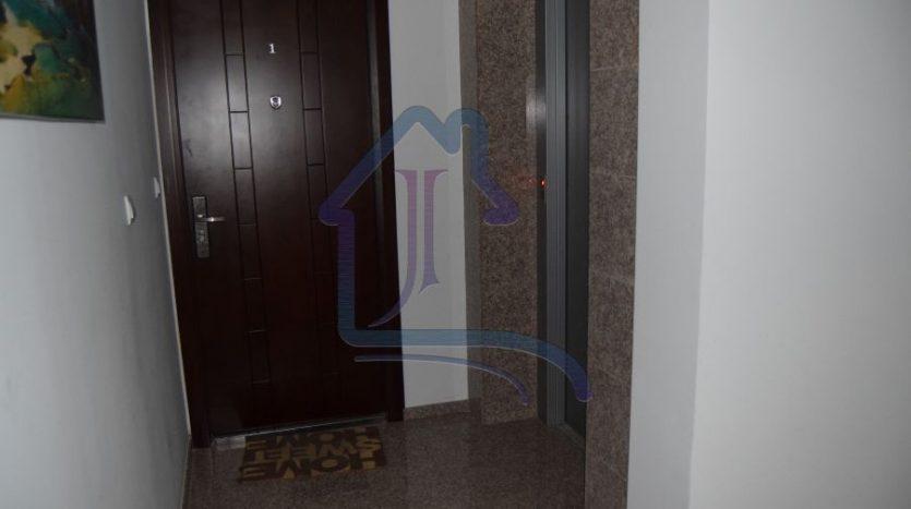 Двустаен апартамент в Левски