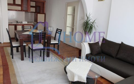 Четиристаен апартамент под наем, Севастопол