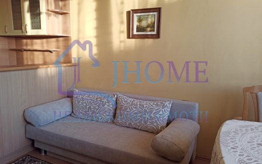 Three rooms apartment for rent, center